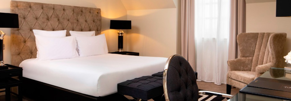 verifier literie chambre d'hotel